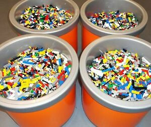 Lego-1-99-LB-LB-parts-amp-pieces-enorme-Vrac-Lot-Briques-Blocs-Livre-city-town