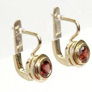 New-Pair-of-14k-Yellow-Gold-and-Garnet-Earrings