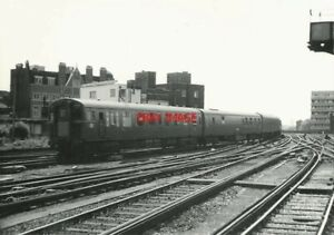 PHOTO-SR-CLASS-4-REP-LATER-CLASS-430-EMU-NO-3006-ENTERING-WATERLOO-ON-A-SERVICE