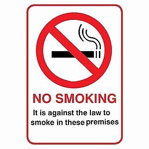 Il est contre la loi de fumer dans ces locaux SIGNE