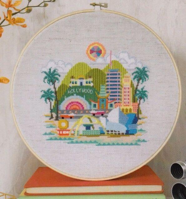 Satsuma Street Merry /& Bright fun cross stitch chart