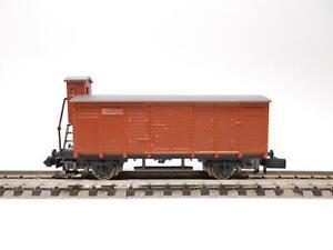 ARNOLD Gedeckter Güterwagen mit Bremserhaus (43712)