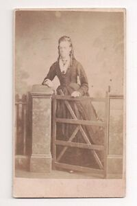 Vintage-CDV-Unknown-Victorian-Lady-Stuart-Brothers-Photo-London
