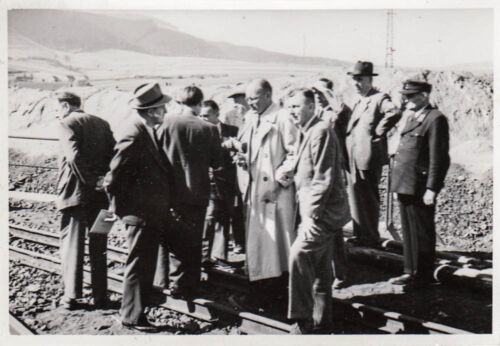 orig.foto ca.10x7 CM Group Picture Engineers Railway ak1962