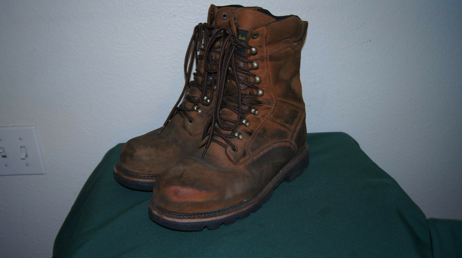 Men's Brown goldEN RETRIEVER Logger Work Boots 9 W - Lace-Up STEEL TOE
