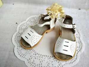 14c463132b296 Vintage Soviet White Sandals US 7 Leather Baby Shoes Perforated ...