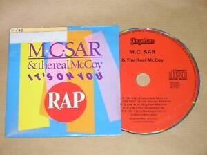 CD-SINGLE-M-C-SAR-amp-REAL-MCCOY-IT-039-S-ON-YOU-RARE-TRES-BON-ETAT