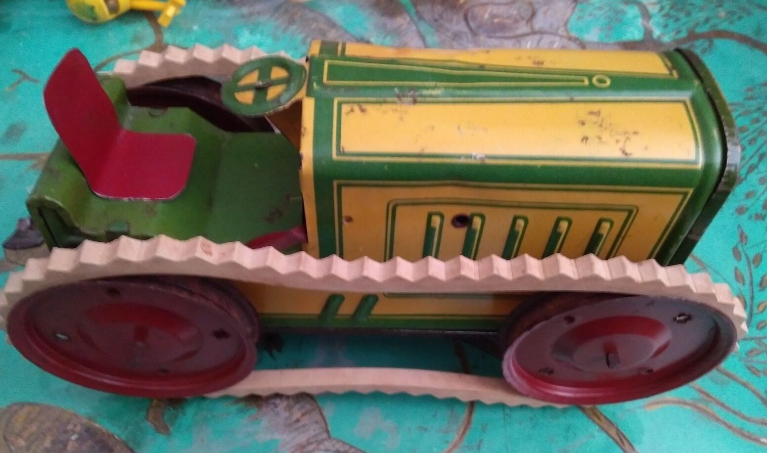 BING MADE IN GERMANY TRACTEUR MECANIQUE AB 207 TOLE SUPERBE AVEC SES CHENILLES