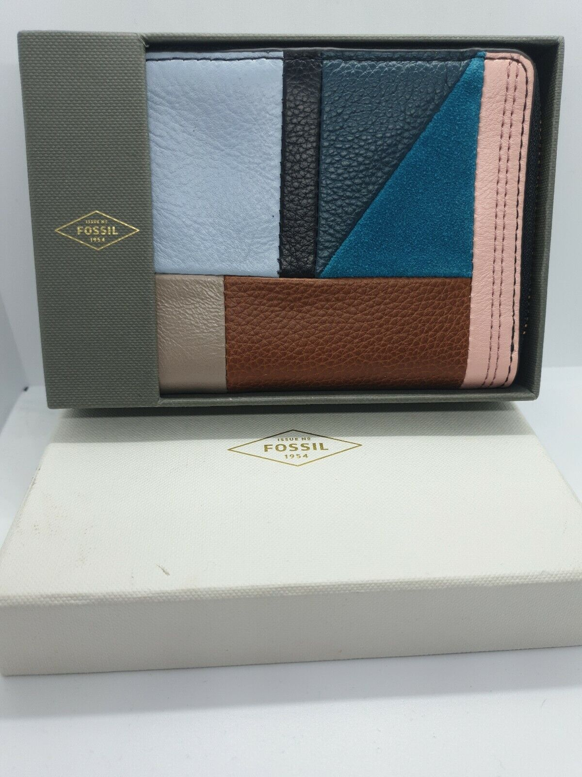BRAND NEW IN BOX - Fossil Purse Patchwork / Leather RRP: (SL7764186)