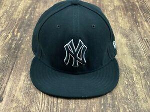 New York Yankees Men's Black MLB Baseball Hat - 7 ⅜ - New Era