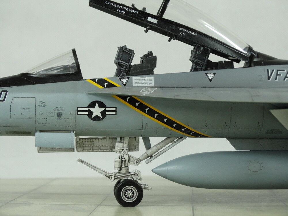 1 48 F A-18F Hornet Built to a high sandard