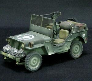 Italeri Jeep Willis Us Kit de modèle 1/35, construit et peint