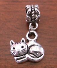 pendentif argenté chat