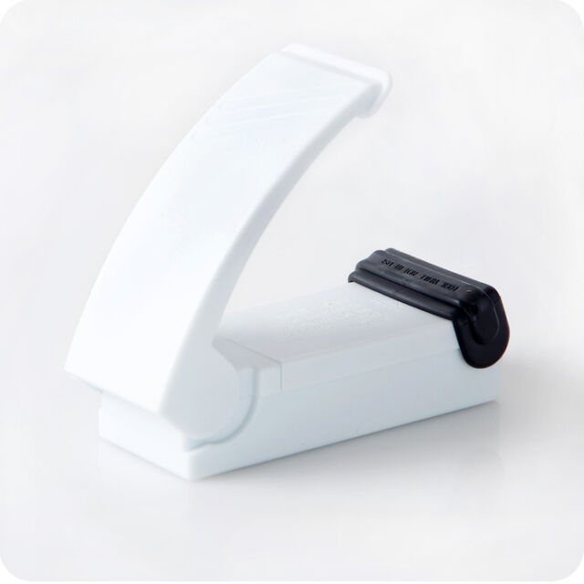 Mini  Portable Plastic Bag  Sealing Tool  Home Kitchen Handheld Impulse Sealer