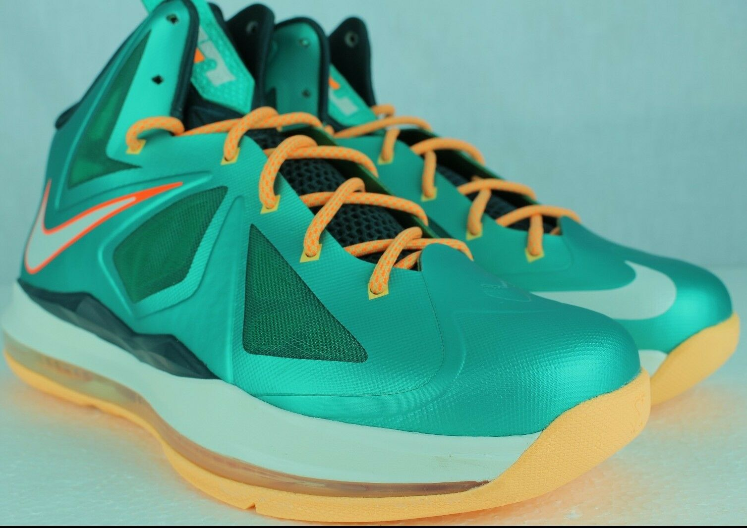 NIKE LEBRON X 10 ATOMIC TEAL DOLPHINS SZ: 5.0 Y SAME AS WOMAN 6.5 NEW RARE DS
