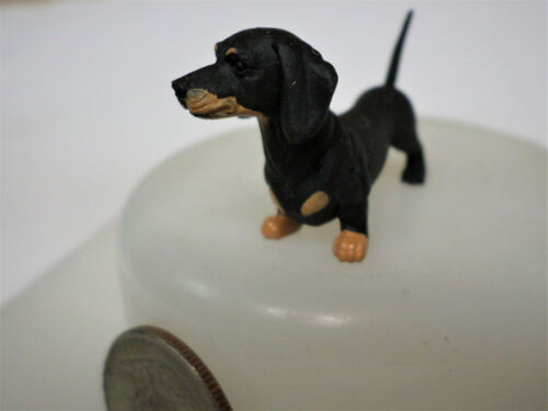 "DACHSHUND Black /& Tan Weiner Dog 2/"" New Figure Figurine Hood Hounds"