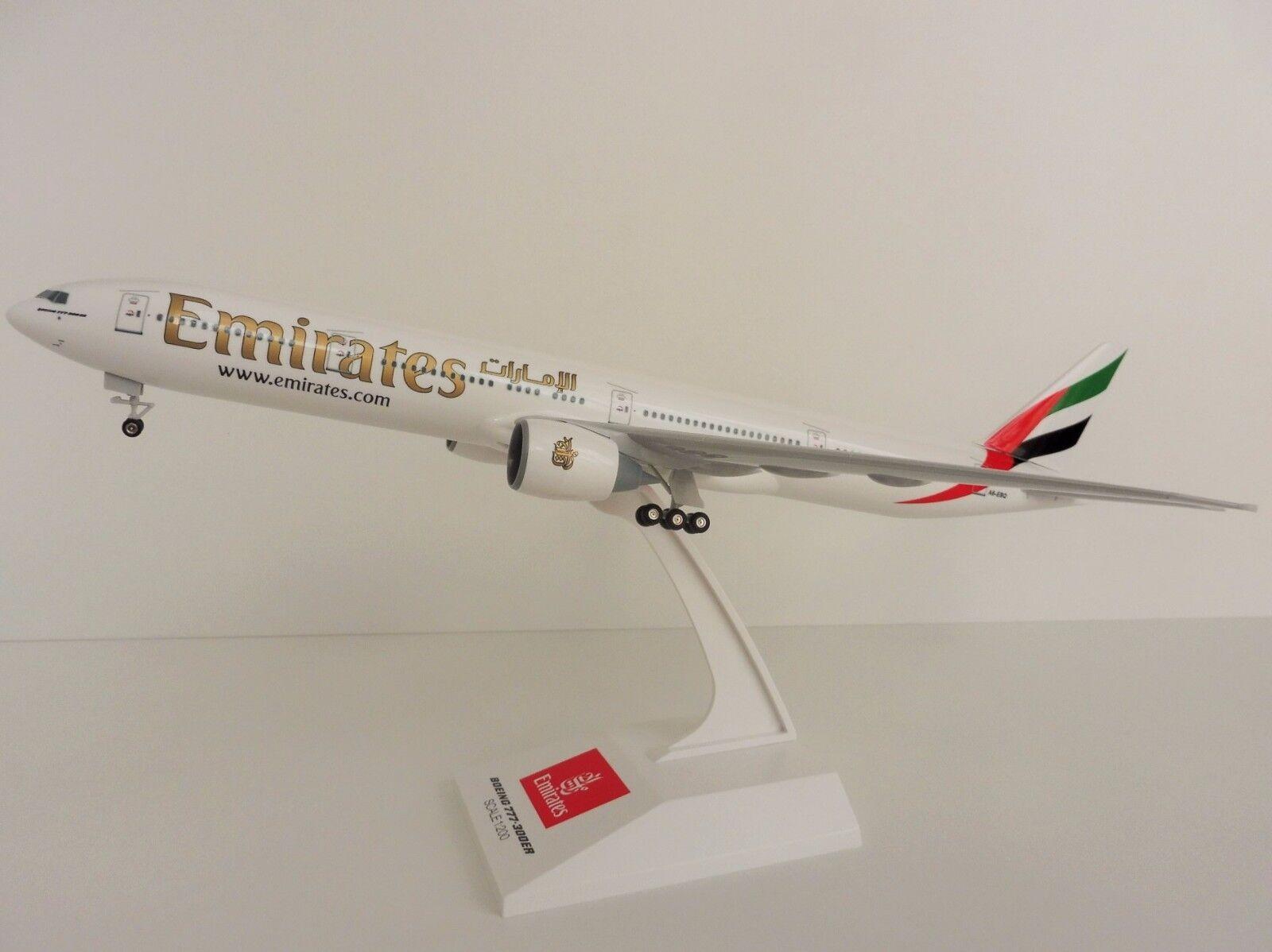 Emirates boeing 777 - 300er a6-ebq 1   200 skr727 skymarks airlines dubai 777