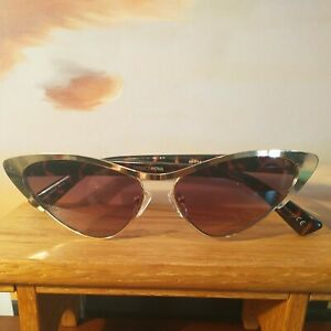 Used hard to find Retro Cat Eye Leopard Sunglasses for Women 🔥