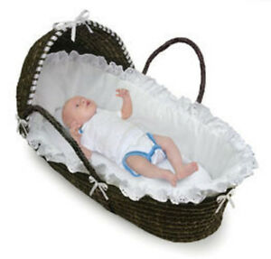 badger basket espresso moses basket with hood white. Black Bedroom Furniture Sets. Home Design Ideas