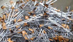 x-100-100V-15pF-tete-radiale-2-5mm-epaisseur-NPO-condensateurs-ceramiques-disque