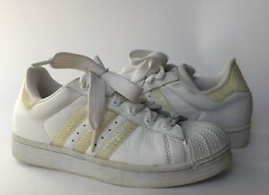 Image is loading ADIDAS-SUPERSTAR-Tennis-Shoes-White-w-Reflective-Stripes- 85647c6b9