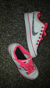 official images incredible prices newest collection Détails sur Basket Nike Fille Taille 35.5 Comme Neuves