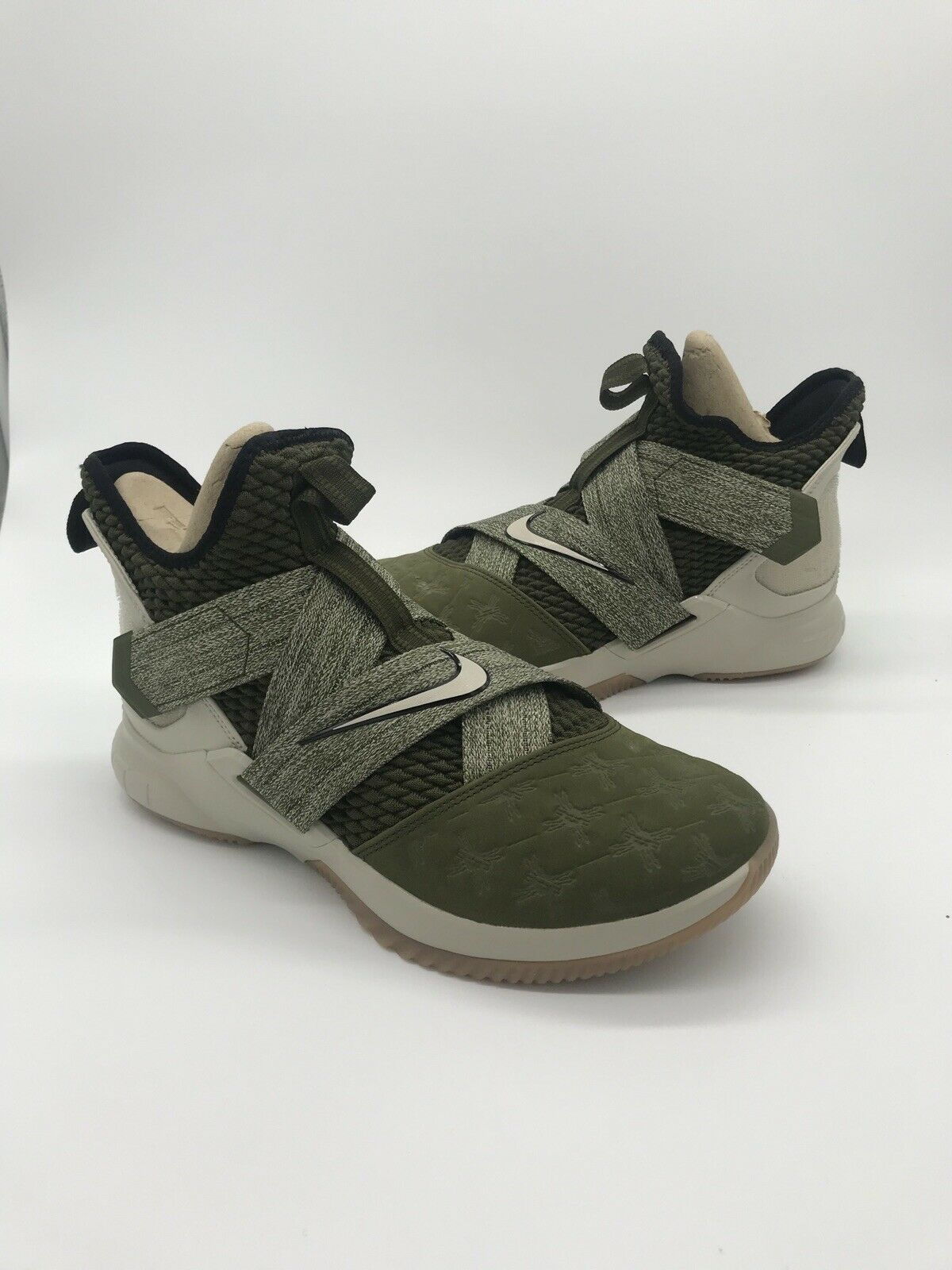 Nike Men's LeBron Soldier XII Basketball shoes Olive AO2609 300 Sz 10.5