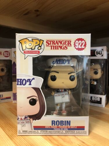 #922 Robin Ahoy VINYL FIGURE STRANGER THINGS Funko POP