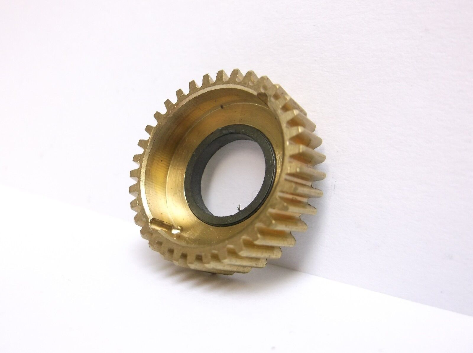 1 New Old Stock Penn 9M 109M Fishing Reel Brass Main Drive Gear 5-109
