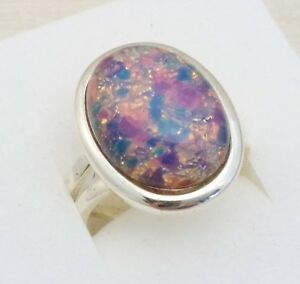 Vintage-1950s-Milky-Pink-Dragons-Breath-Fire-Opal-Silvertone-Adjustable-Ring
