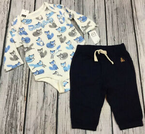 Baby Gap Boys 6-12 Months Logo Shirt /& Tan Brown Shorts Outfit Nwt