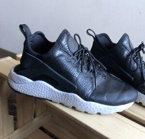 tribu Separar Sesión plenaria  Nike Air Huarache Run Ultra Premium Black White size 7.5 | eBay