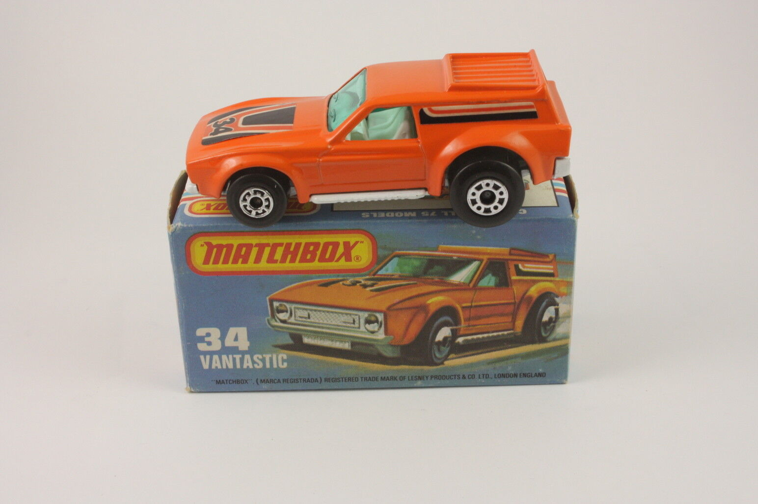 Matchbox Superfast No. 34 Vantastic MIB mint boxed vintage Lesney