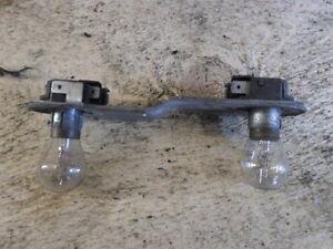 FIAT-130-Coupe-Fanale-posteriore-Presa-di-corrente-f-Lampadine-Socket-lampada