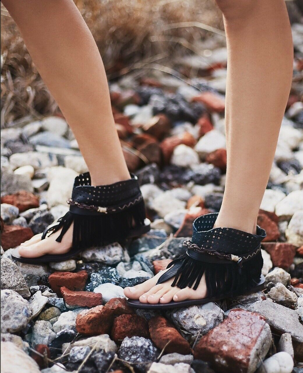 NEW NEW NEW Free People Journey Through Time Fringe Leather Sandals ec5e07