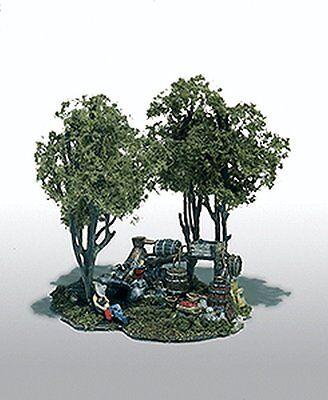 Woodland Scenics / Mini-Scene #102 HO SCALE- Moonshine Still - M102