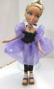 BRATZ-DOLL-LONG-BLONDE-HAIR-MAUVE-DRESS-amp-PURPLE-SLACKSUIT-HIGH-HEELS