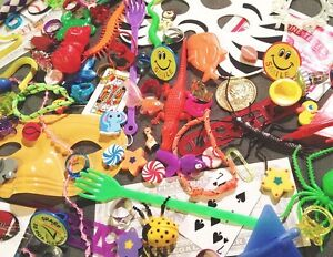 100-piece-small-toYs-GrAb-BaG-assortment-Kids-Trinket-Carnival-Prize-Party-Gift