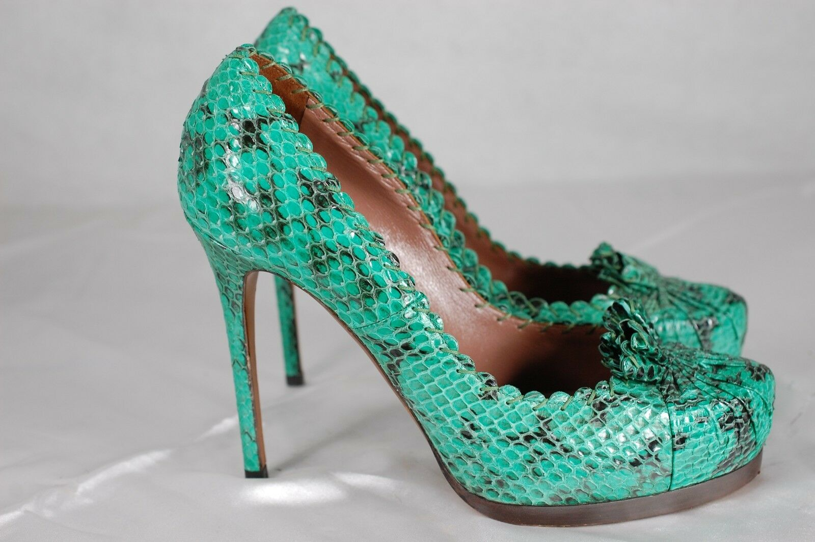 SUPPER BEAUTIFUL    Tabitha Simmons vert vert vert SNAKESKIN HIGH HEEL PUMPS  EU 39 US 9 4dd982