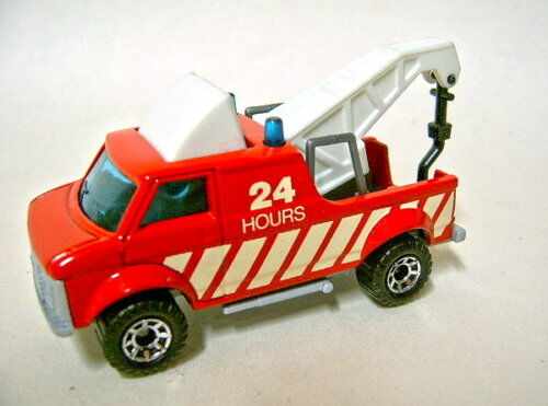 Matchbox 1-75 Superfast 53 Chevy Breakdown Van Pre-Pro Red Decals