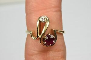 VTG-Women-039-s-Natural-mined-GIA-SPEC-69-tcw-Ruby-and-Diamond-swirl-Cocktail-Ring