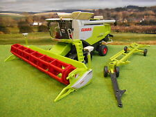 SIKU CLAAS 770 LEXION TRACKED COMBINE & HEADER TRAILER 1/32 4258 NEW & BOXED