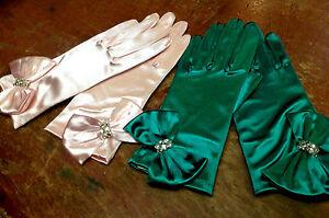 VINTAGE-1960s-SATIN-WRIST-GLOVES-Bow-Czech-Crystals-One-Size-EMERALD-PINK-1-pr