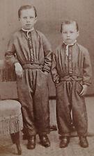 ANTIQUE CDV PHOTO PORTRAIT 2 CUTE LITTLE BOYS BROTHERS WEARING MATCHING UNIFORMS