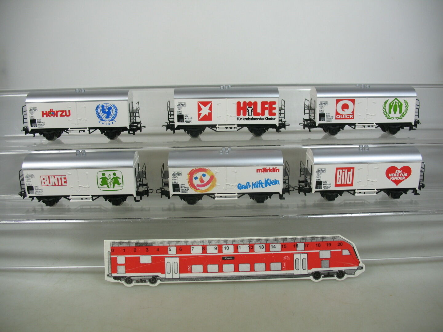 Am433-1Märklin h0 ac 4400 Freight Cars Set Large helps Small  Colourful + picture etc DB
