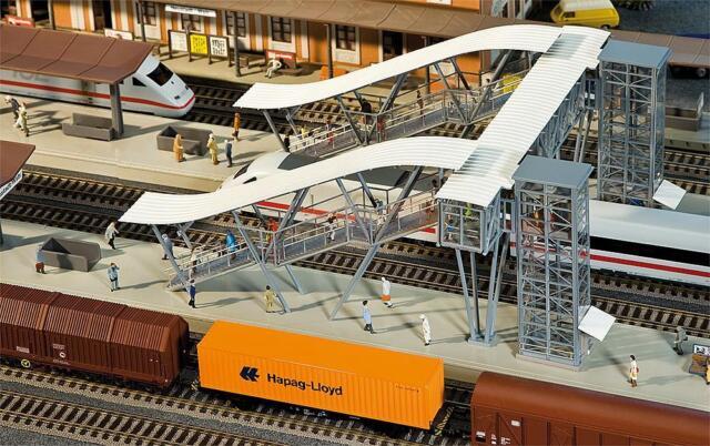 Faller 120110 - 1/87/H0 Platform Overpasses Neustadt/Wine - New