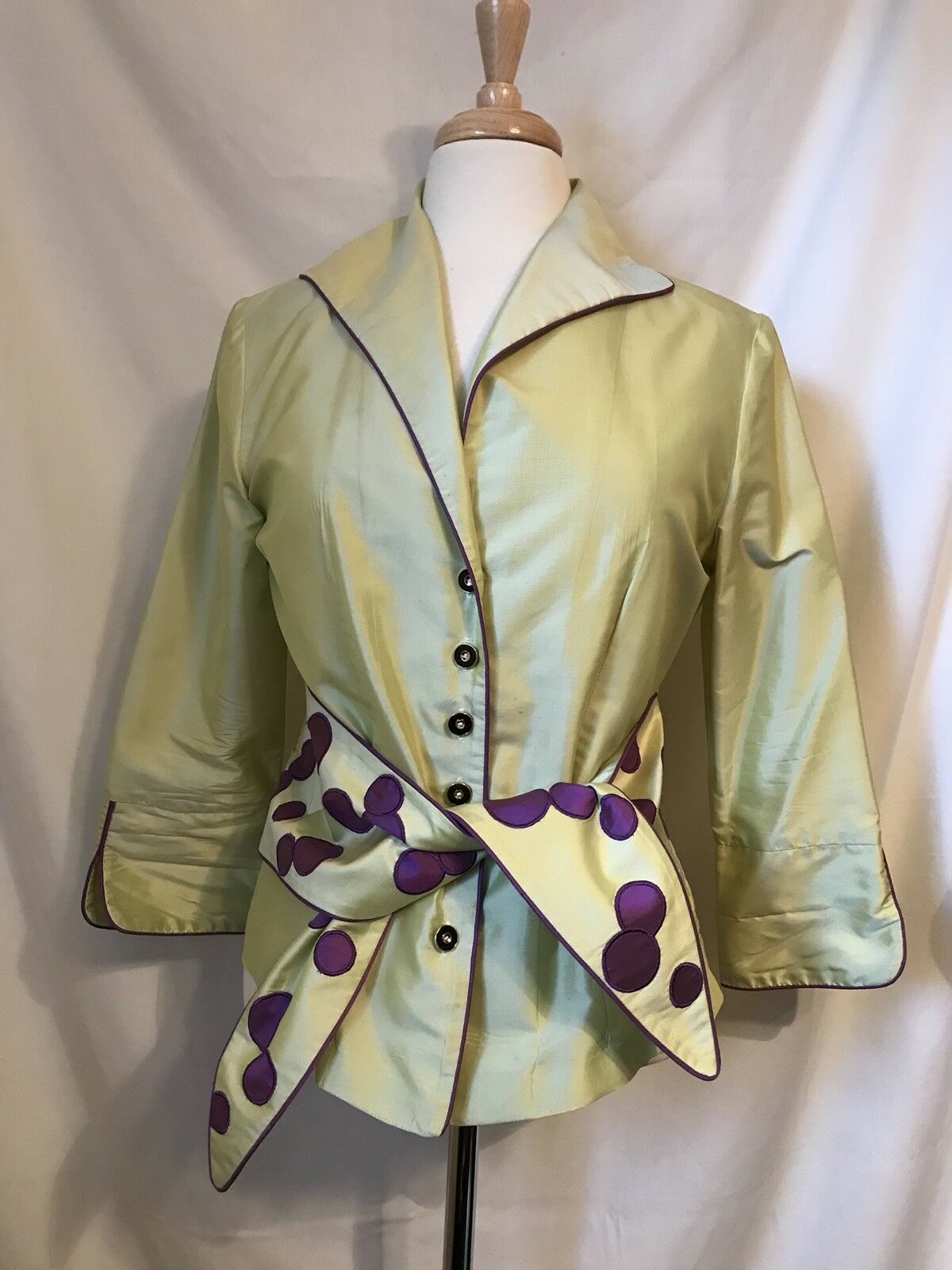 Marisa Baratelli Chartreuse w  Purple 100% Thai Silk Button & Tie Front Blouse 8