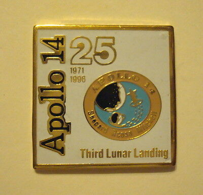 NASA Space APOLLO 14 Third Moon Lunar Landing Mission 25 Anniversary LAPEL PIN