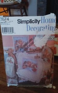 Oop-Simplicity-Daisy-Kingdom-7674-nursery-accessories-quilt-diaper-stacker-NEW