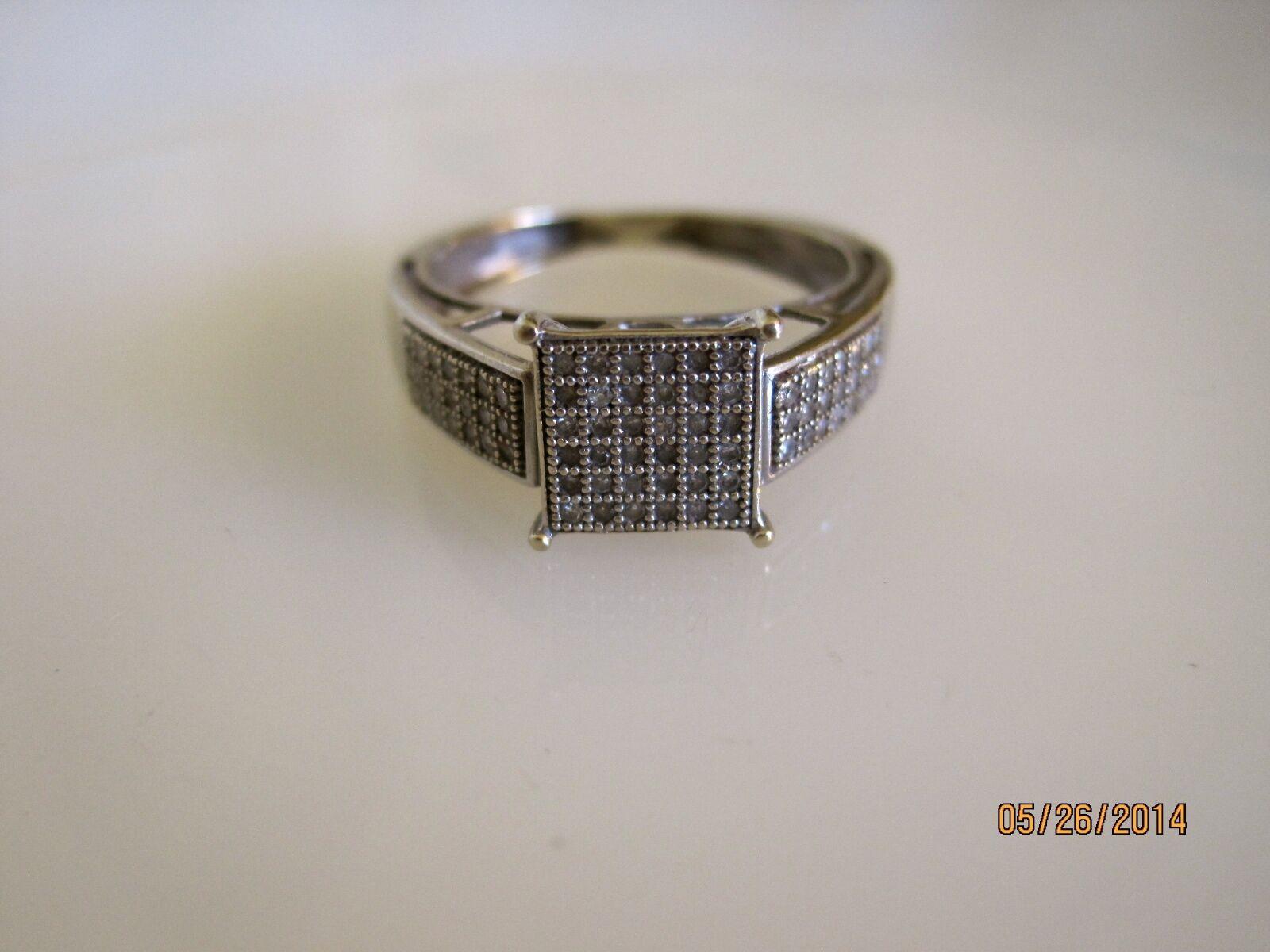 10K White gold Size 5.75 Diamond Encrusted Ring   R172